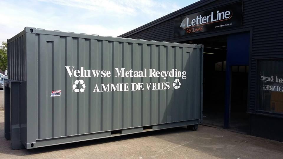 Letterline Reclame Epe | Nieuwe containers voor de Veluwse Metaal Recycling