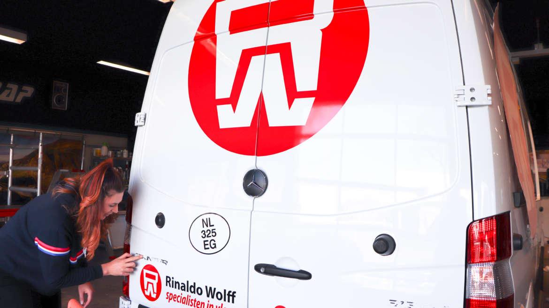 Busbestickering Rinaldo Wolff